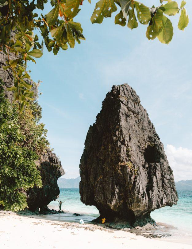 island hopping tour el nido view