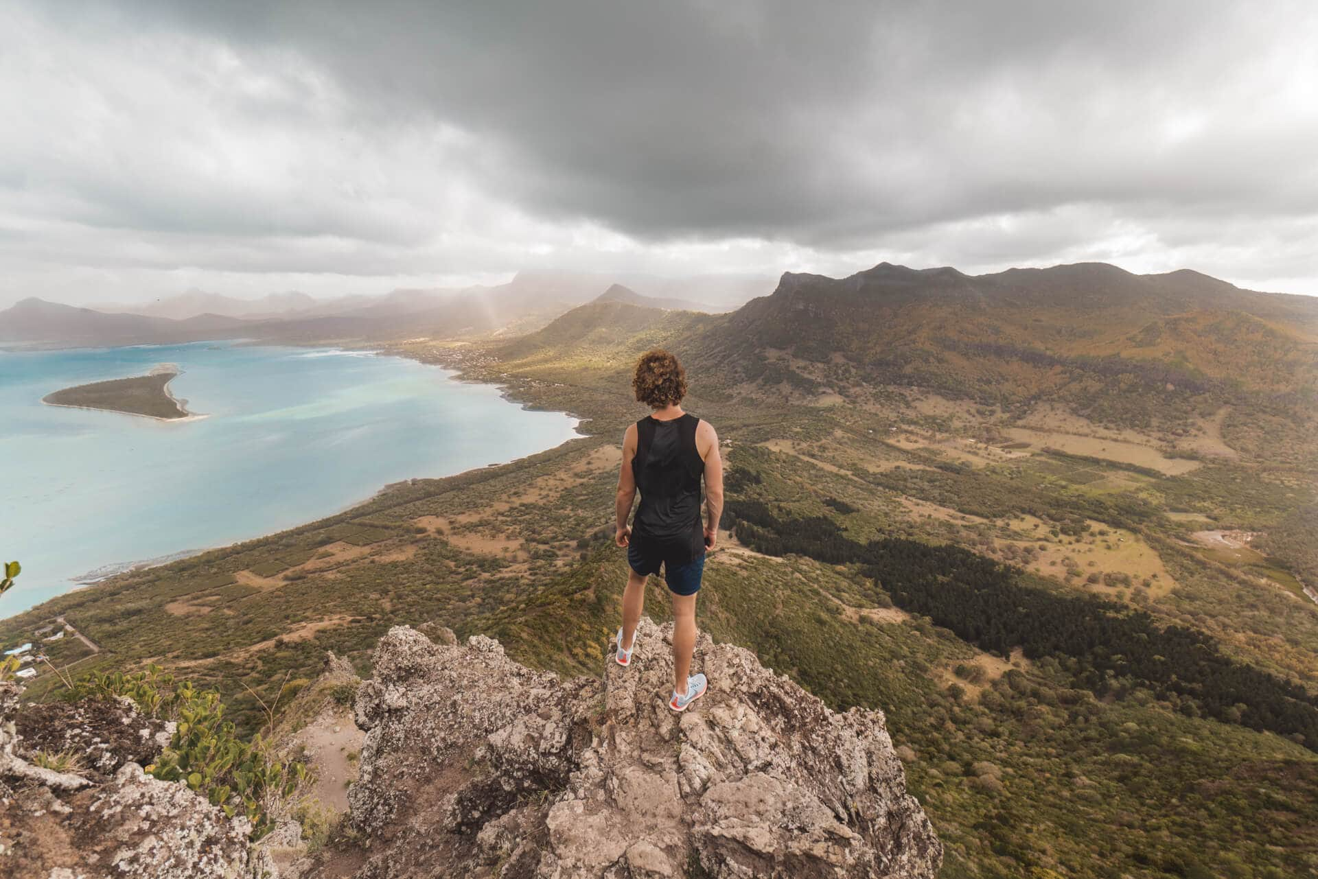 things to do mauritius nick view le morne