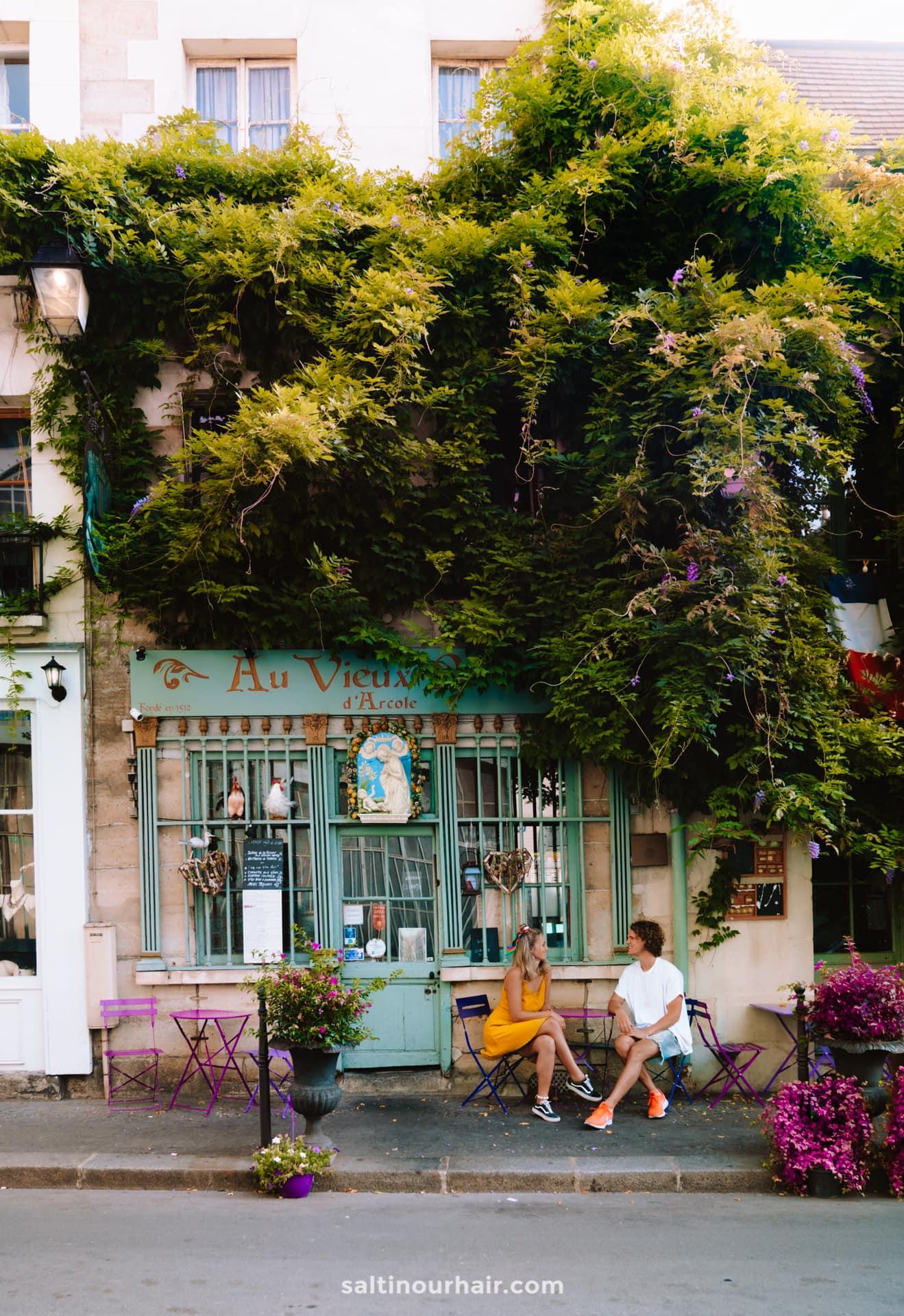 paris city trip beautiful cafe