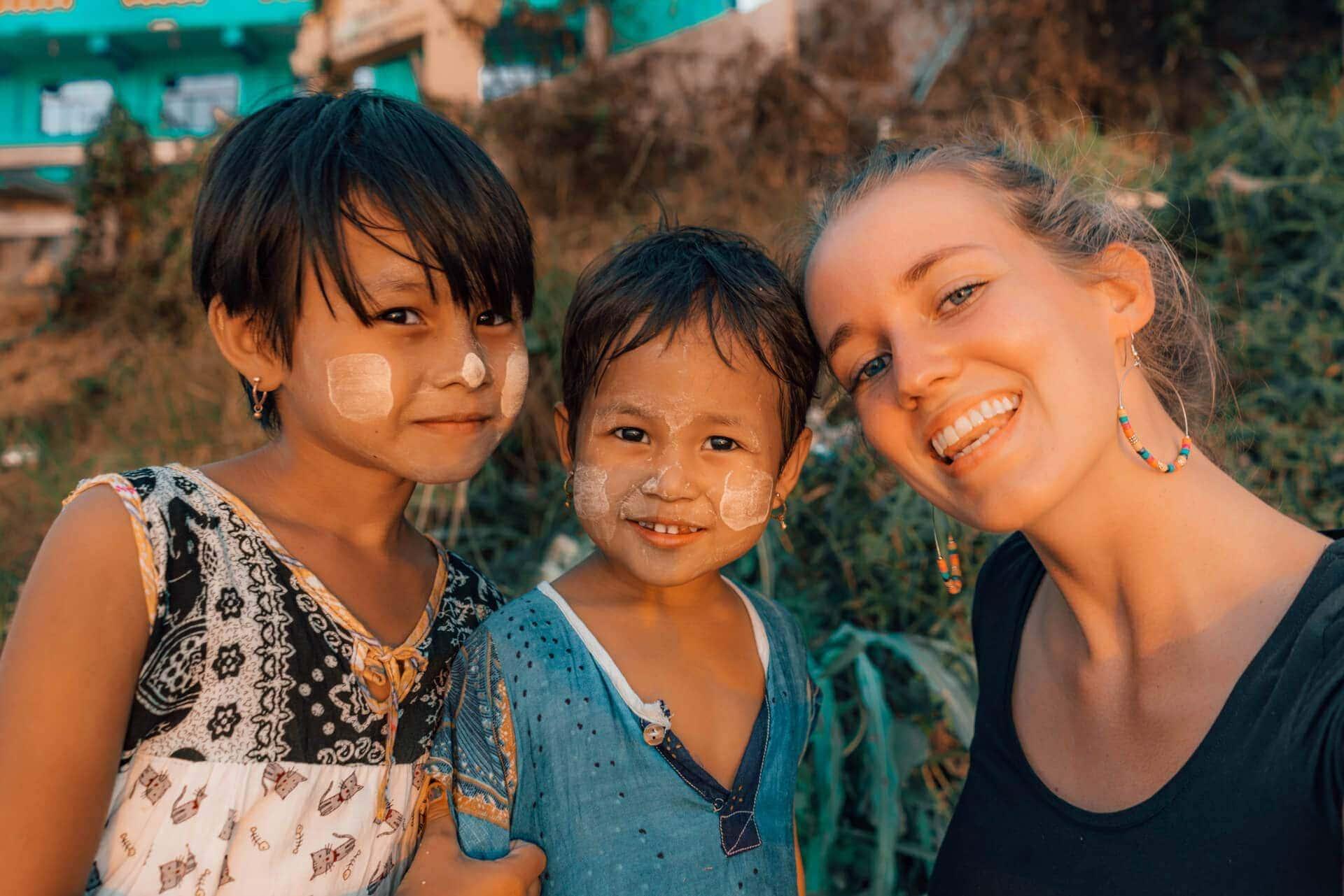 reasons must visit myanmar selfie