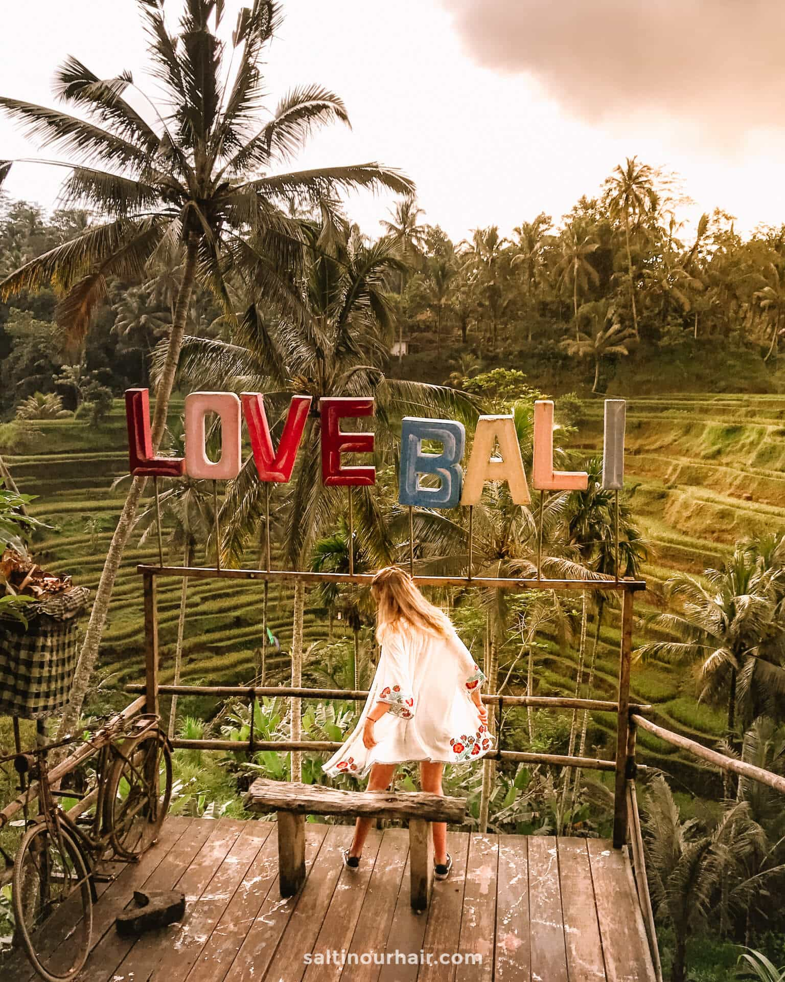 things you must do bali Tegalalang sign