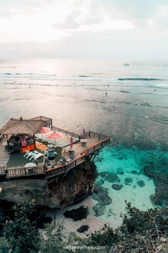 things to do uluwatu viewpoint ocean