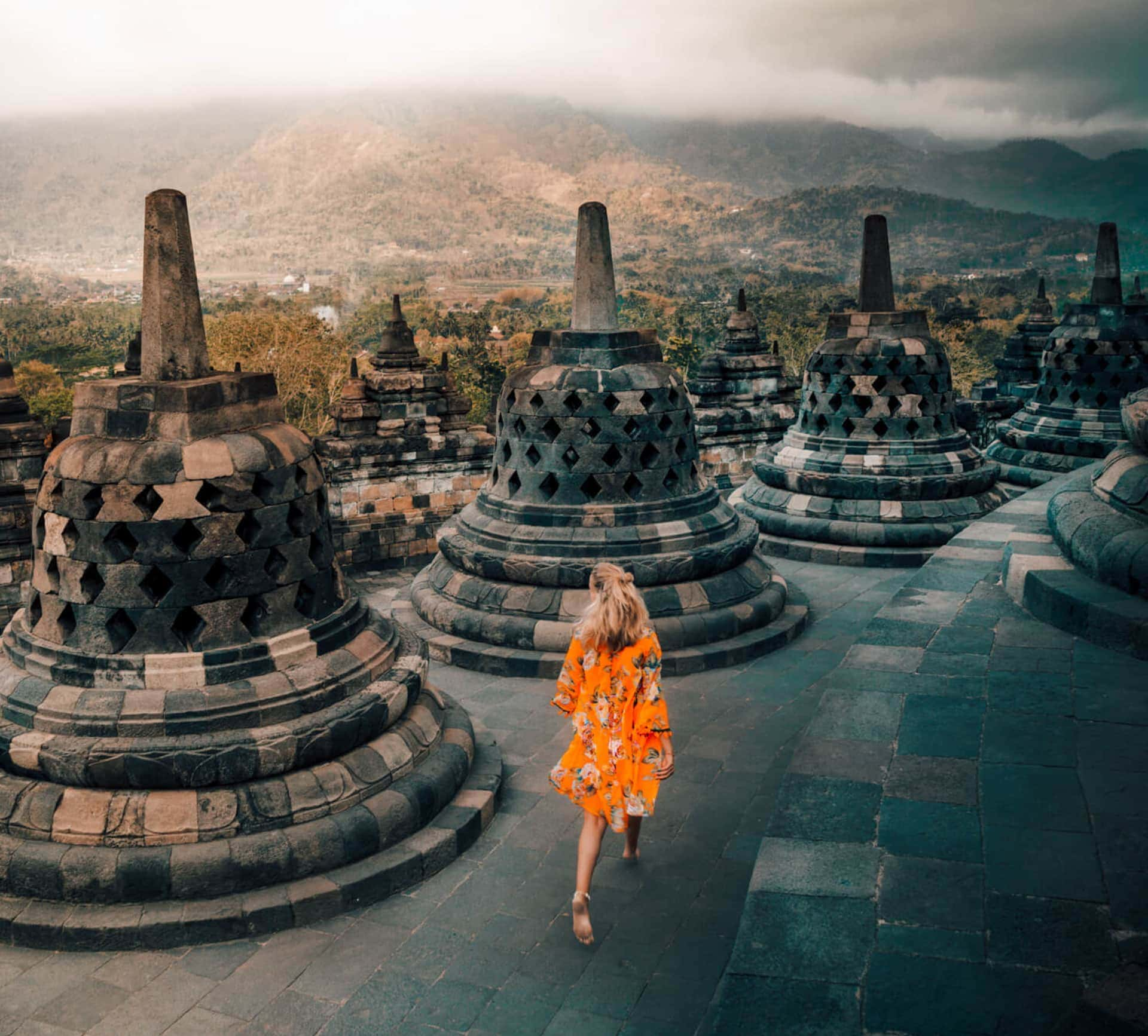 indonesia route java bali flores yogyakarta borobudur