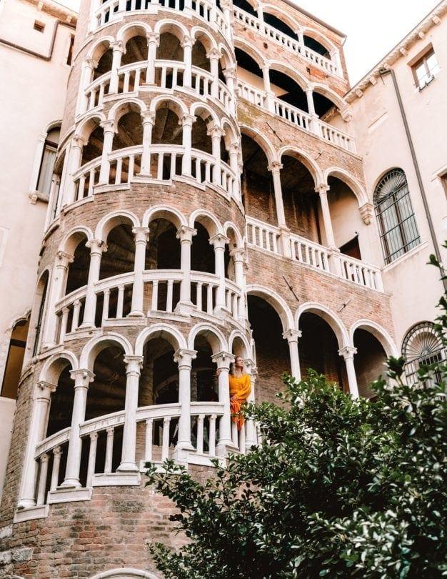 wat te doen in Venetië Scala Contarini del Bovolo