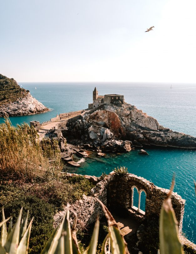 Portovenere kerk Cinque Terre Italië