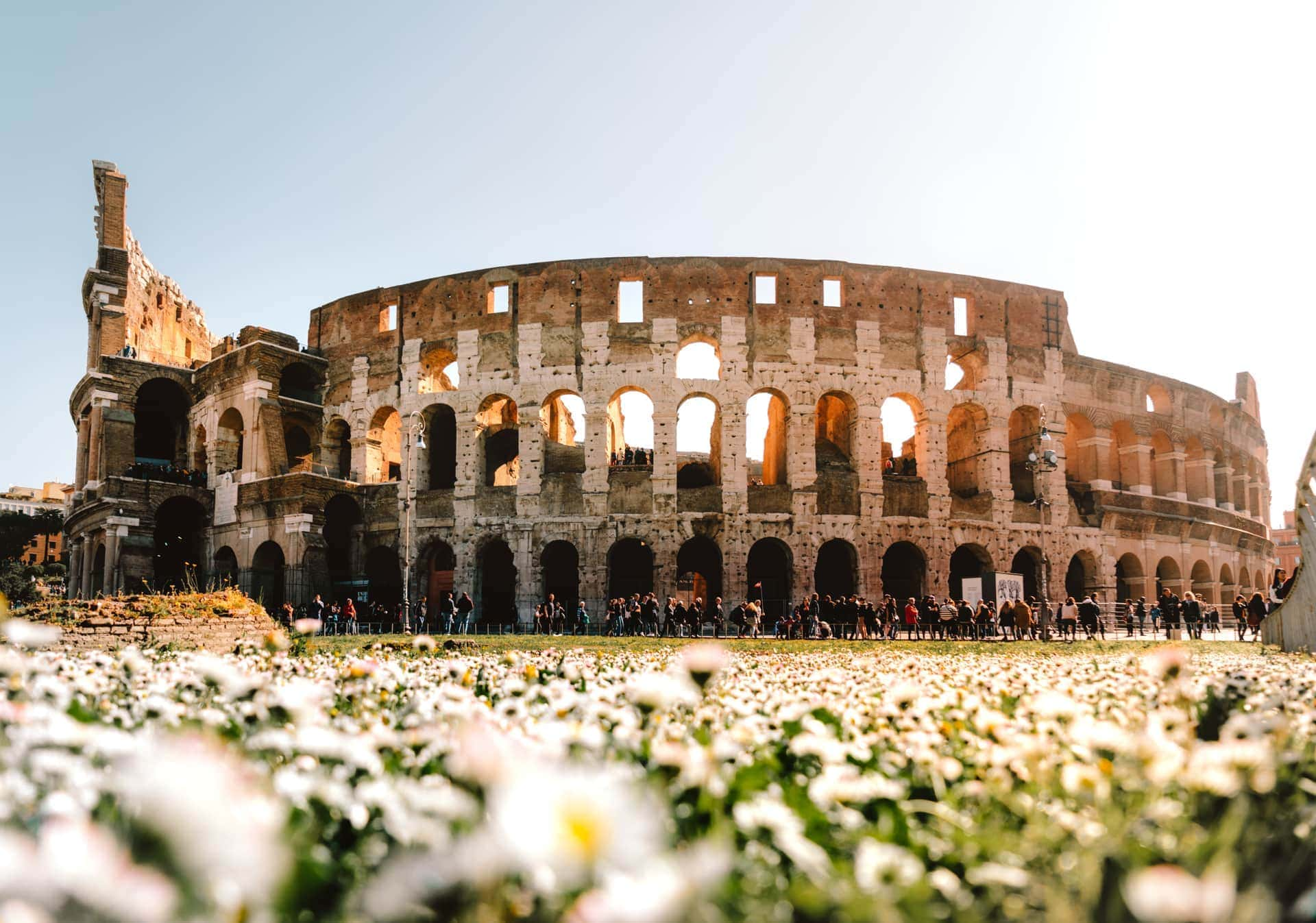 must do in italy Colosseum