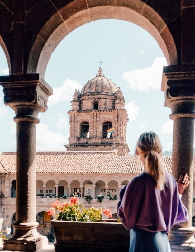 cusco city guide arch