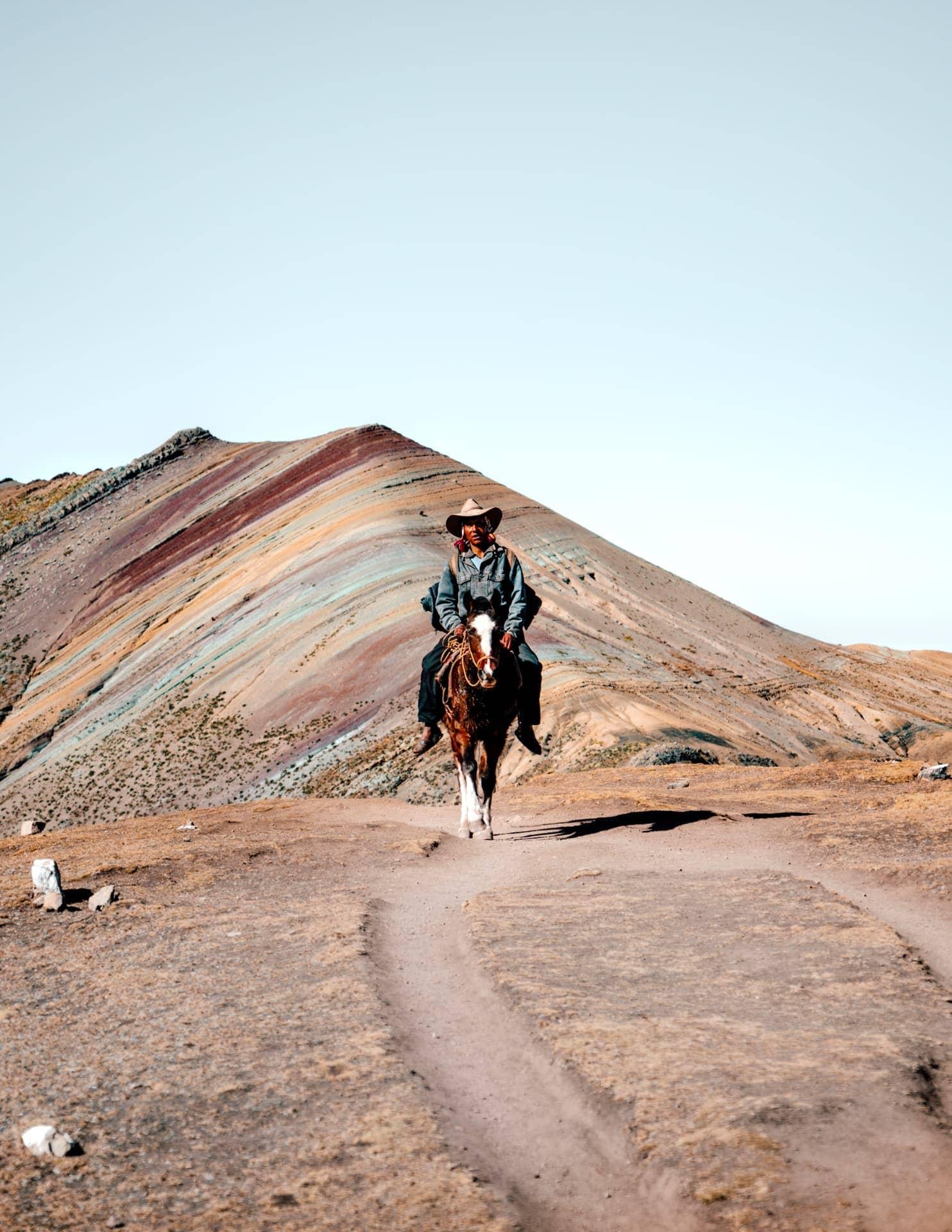 peru Rainbow Mountain horse