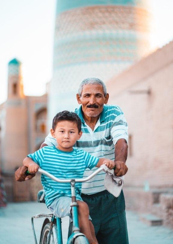 friendly locals uzbekistan