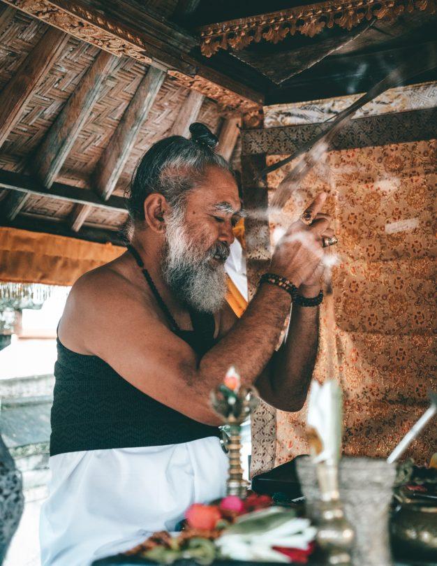 bali local ceremony