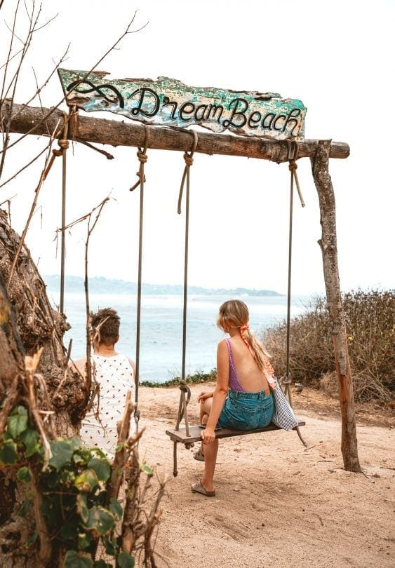 dream beach swing