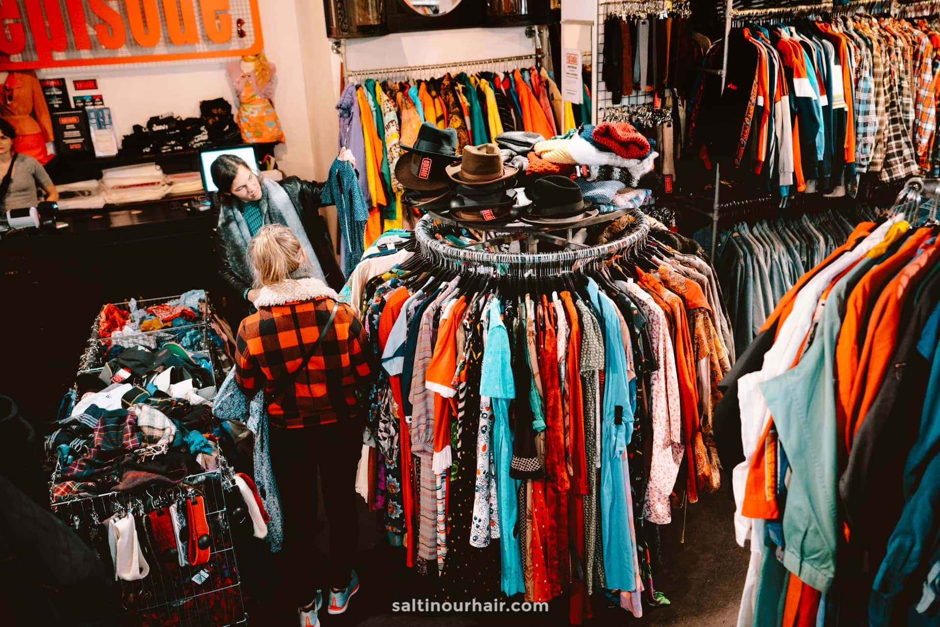 best vintage shopping amsterdam episode