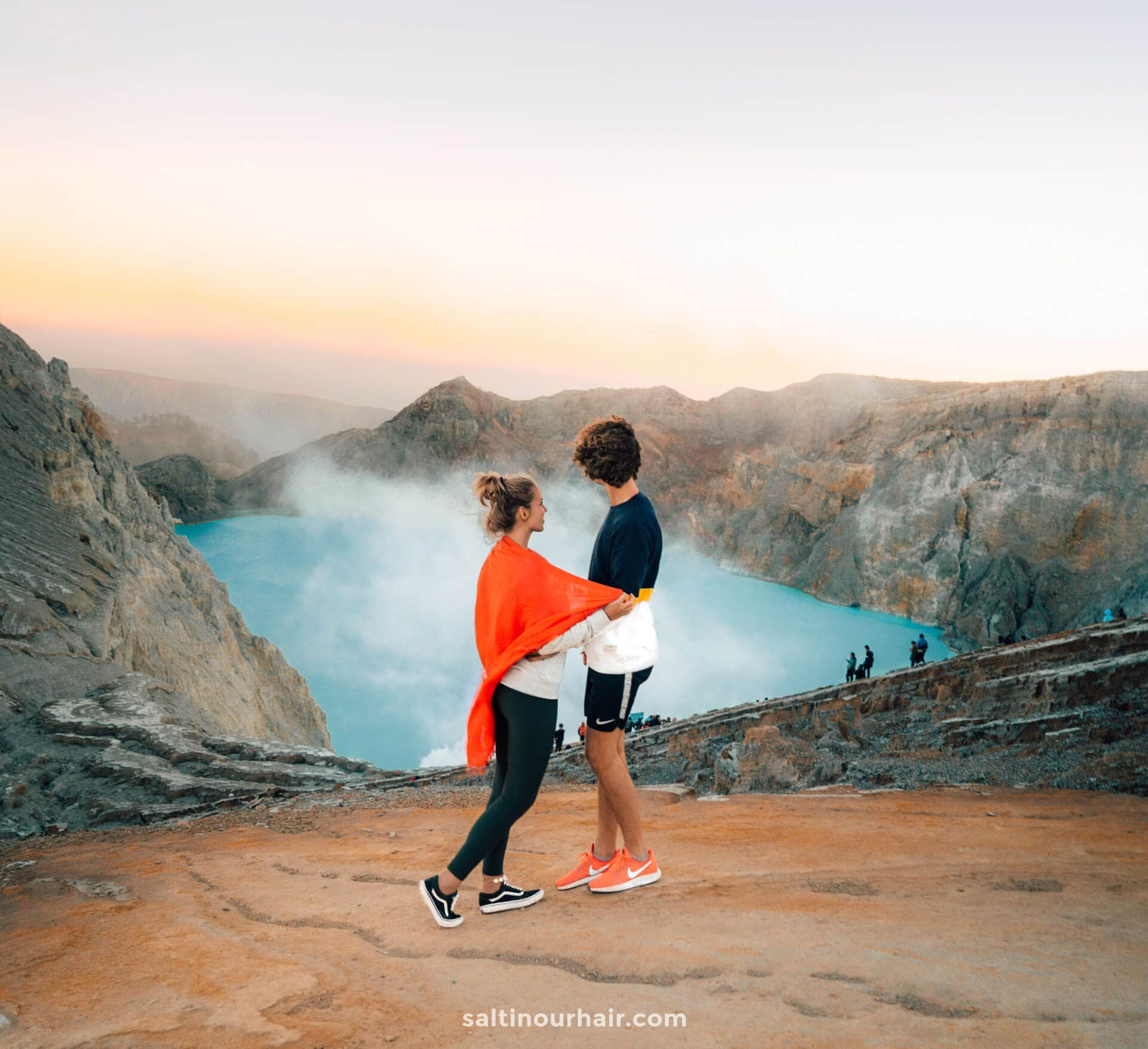 must do indonesia ijen crater java