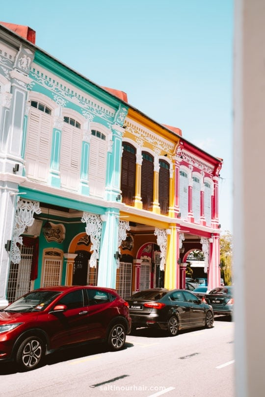 things to do penang colorful street