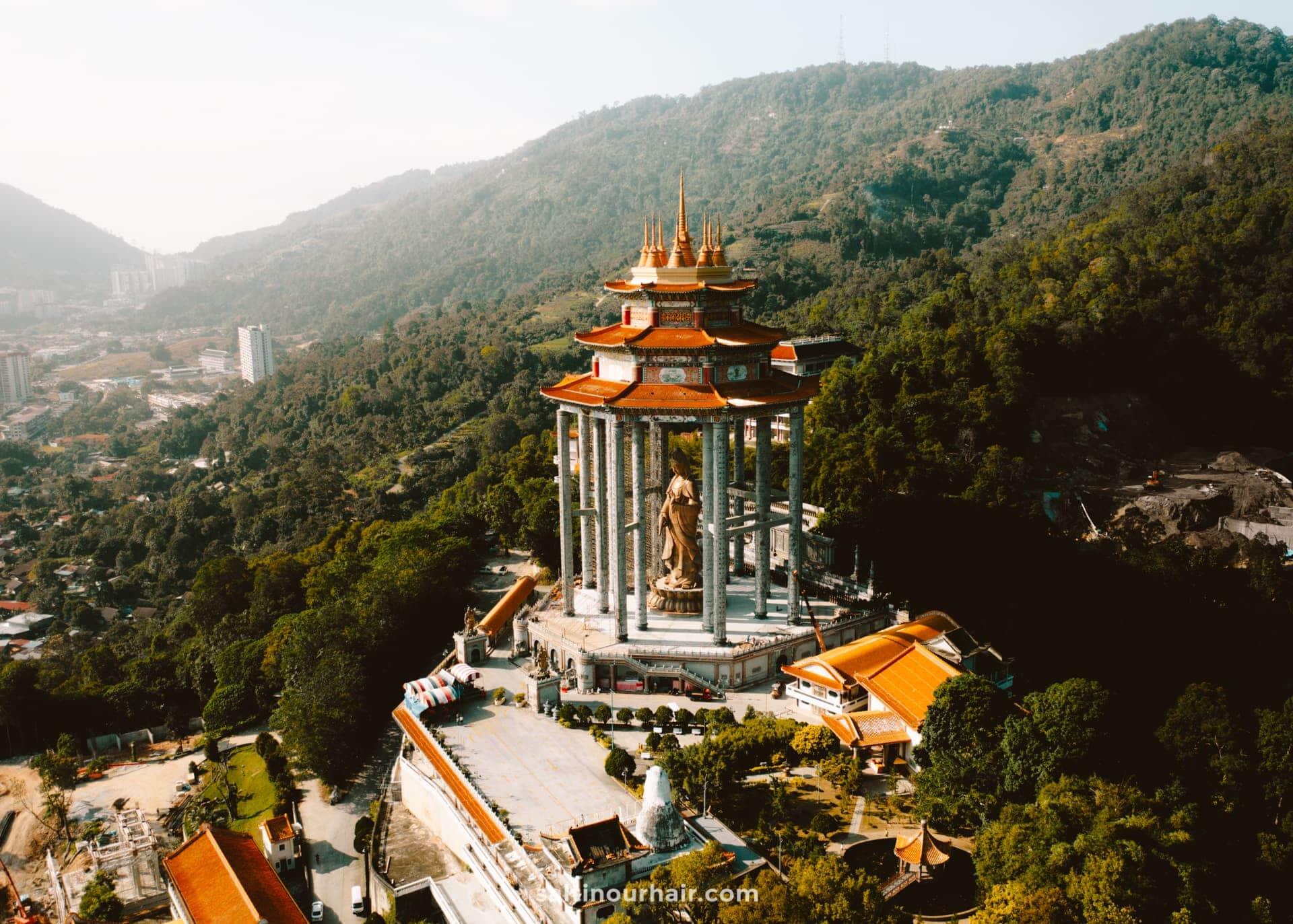 things to do penang Kek Lok Si Temple buddha
