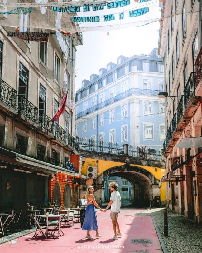 day trip cascais pink street lisbon