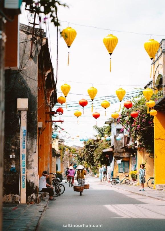 street lantern hoi an vietnam
