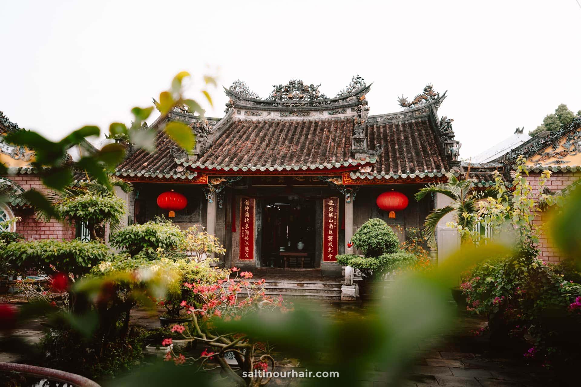 hoi an Quan Cong Temple