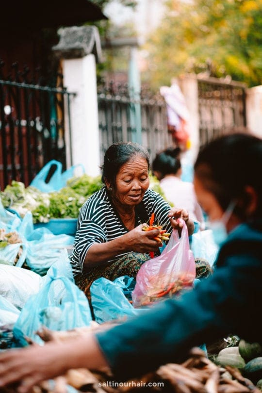 market luang prabang laos