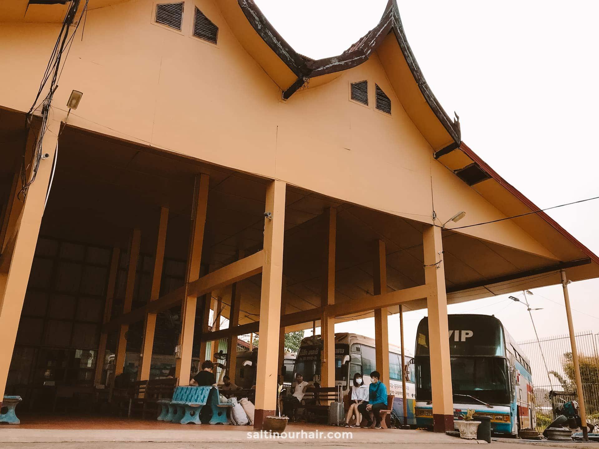 vang vieng bus terminal