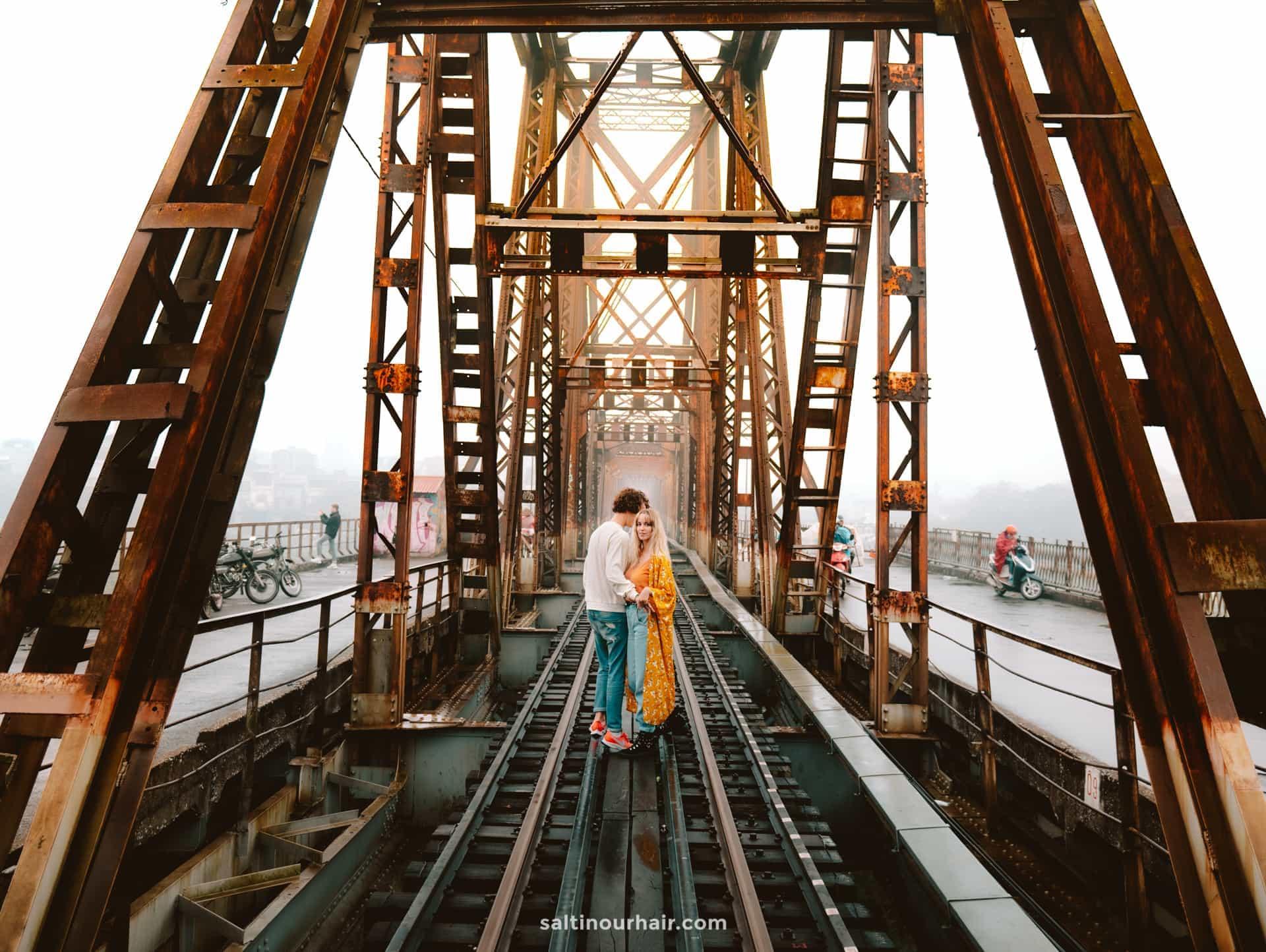 best things to do hanoi Long Bien Bridge