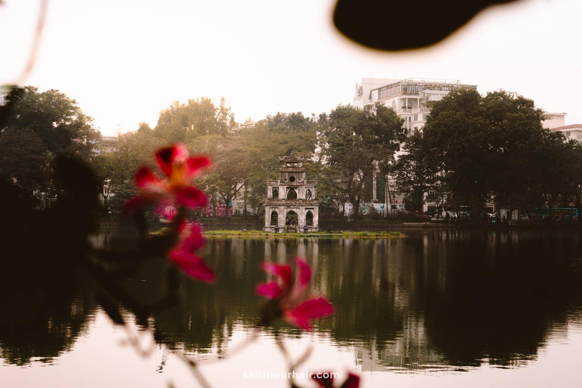 things to do hanoi Hoan Kiem Lake