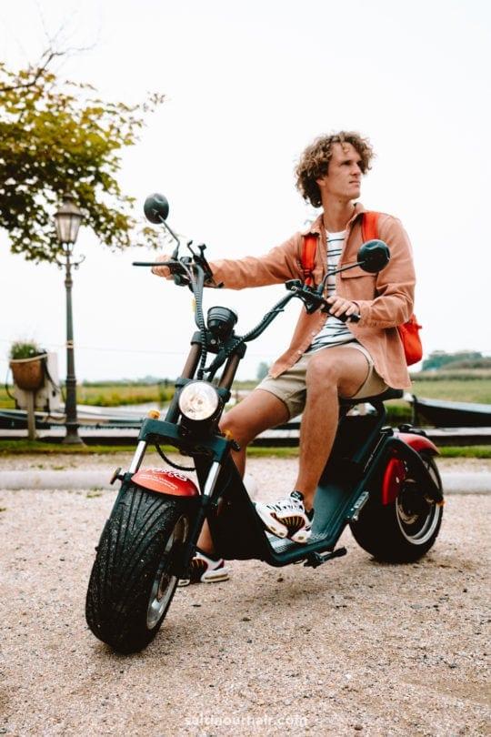 volendam amsterdam rent scooter