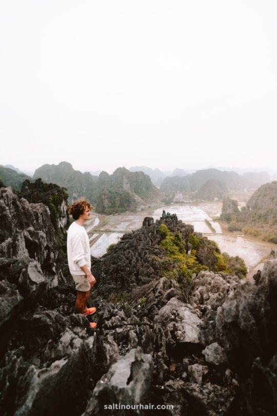 Hang Múa Peak
