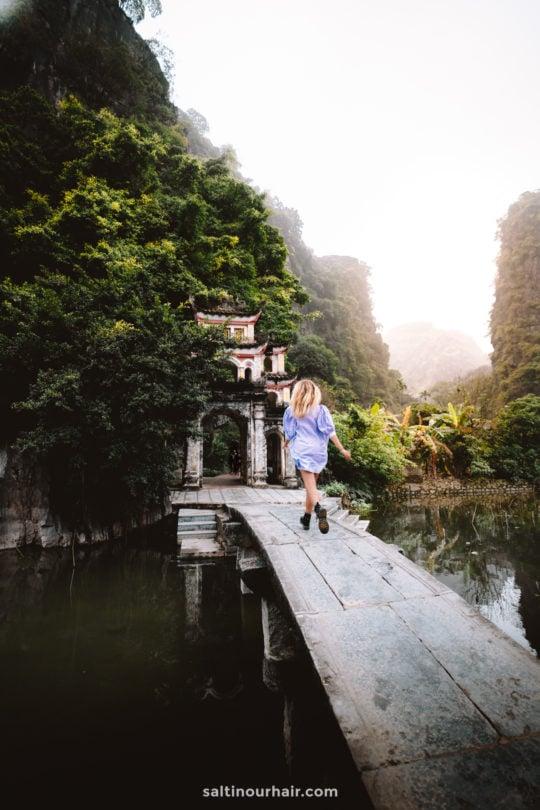 tam coc ninh binh Bich Dong Pagoda
