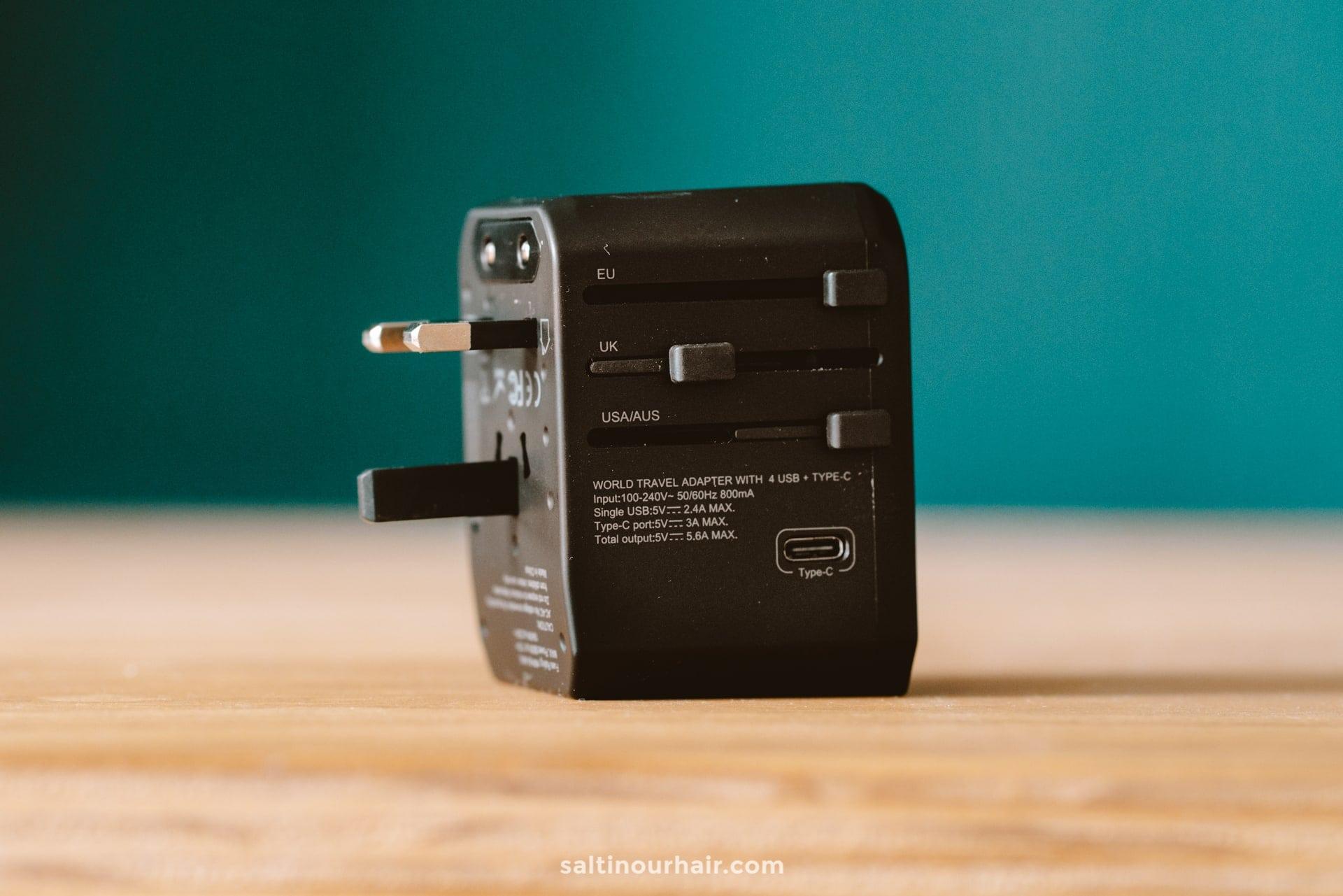 Digital Nomad universal adapter