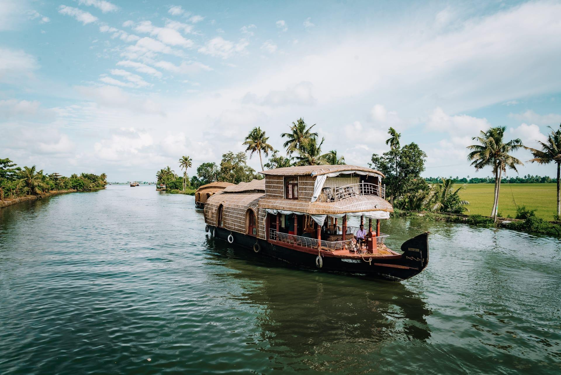 kerala india boat tour