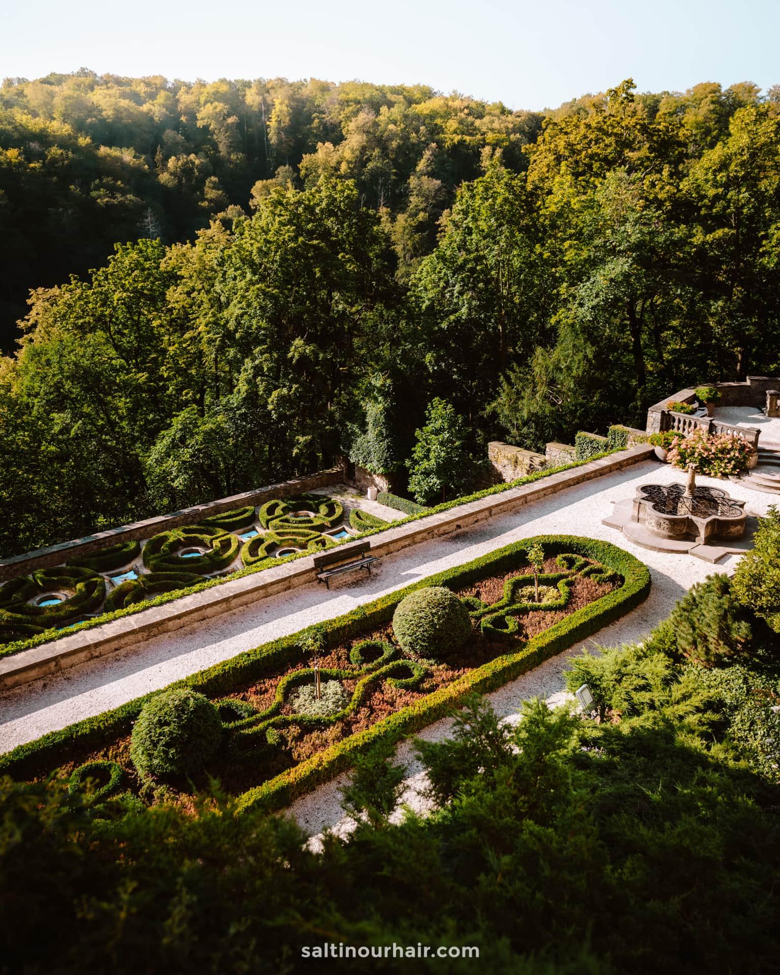 Ksiaz Castle garden