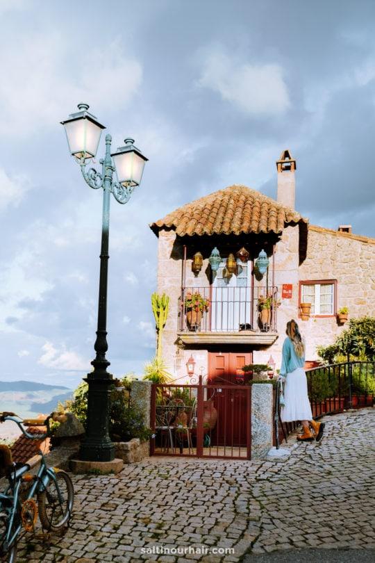 mooiste dorp portugal monsanto
