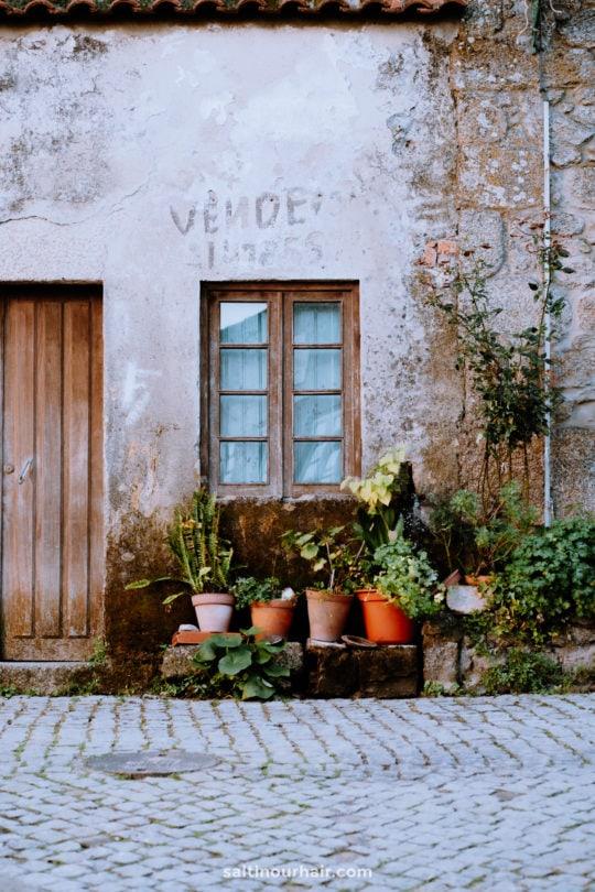 schattig dorp monsanto portugal